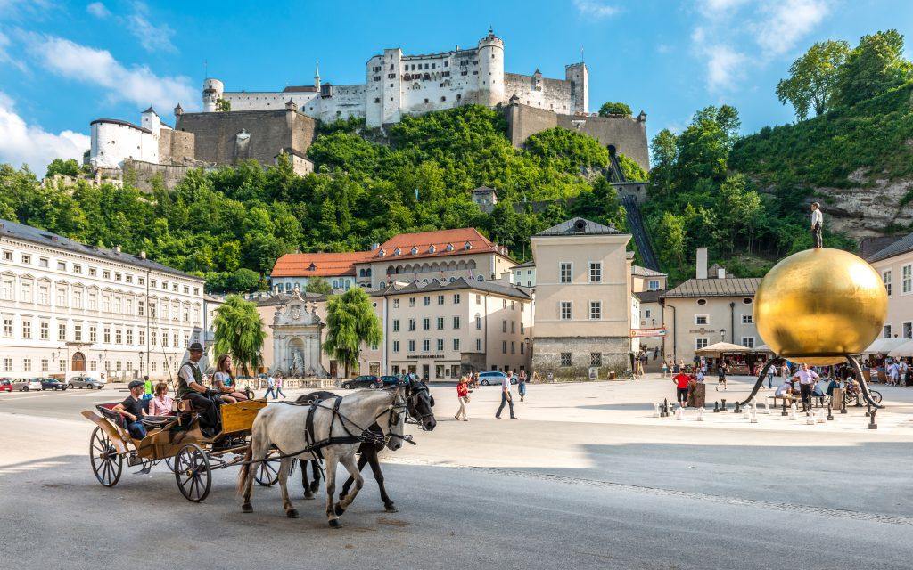 Kapitel square with fortress