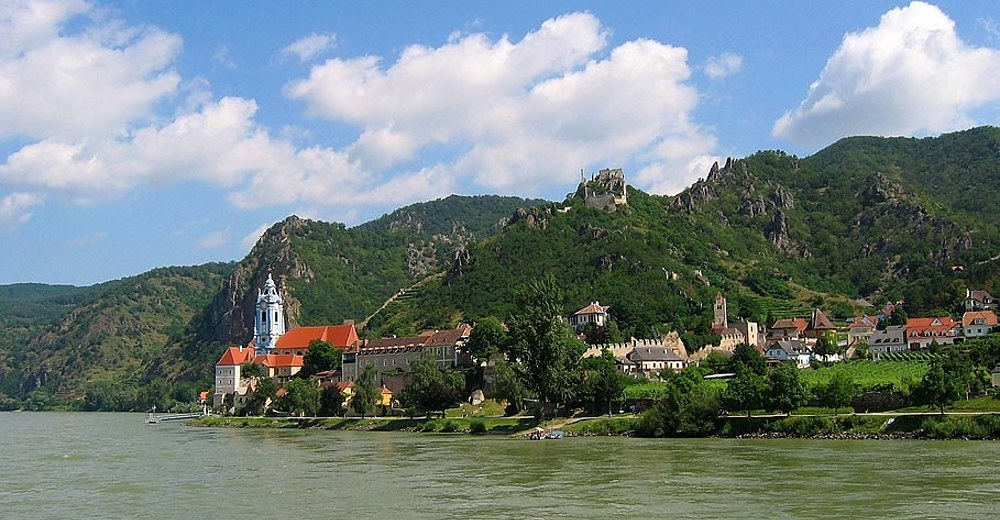 Duernstein view from the Danube